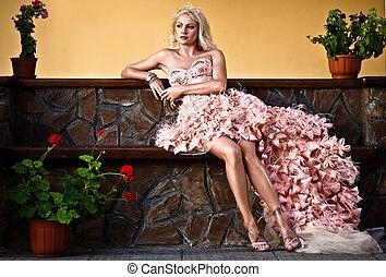 mulher bonita, luxo, loura