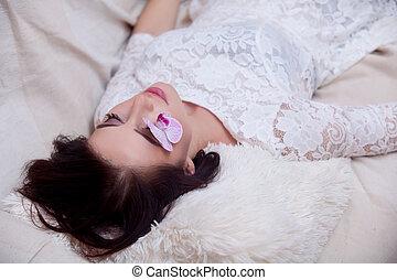 mulher bonita, mão, flor, ruivo, retrato