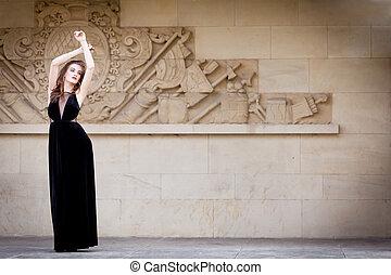 mulher bonita, moda, longo, ao ar livre, vestido