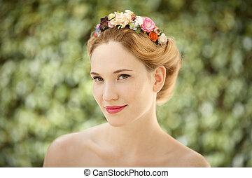 mulher bonita, natural, grinalda, jovem, cabelo, experiência verde, flores