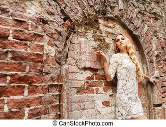 mulher bonita, renda, loura, vestido branco