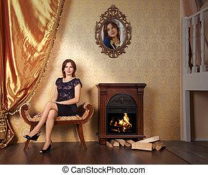 mulher bonita, sala, sentando, jovem, sofá