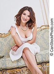mulher bonita, sentando, sofá, dredd, fotografias, branca, sensual