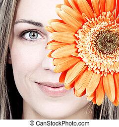 mulher bonita, sorrizo, com, flower.