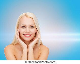 mulher bonita, tocar, dela, rosto, pele