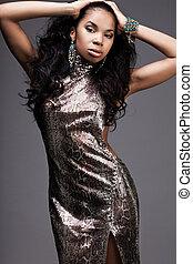 mulher bonita, vestido, prata, na moda