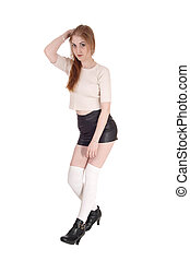 mulher, bonito, ficar, couro, shorts
