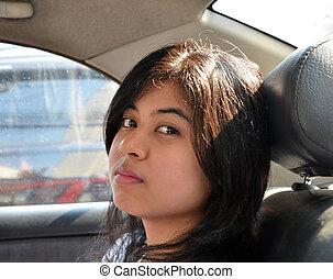 mulher carro, asiático, sentando
