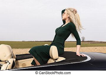 mulher carro, jovem, loura