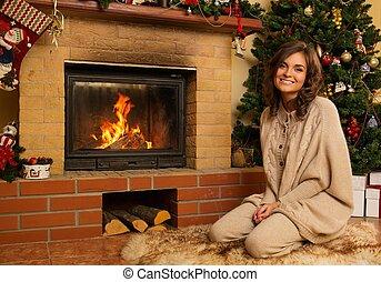 mulher, casa, jovem, interior, decorado, lareira, natal