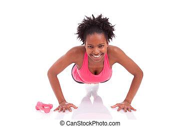 mulher, cima, jovem, fundo, isolado, empurrão, africano, condicão física, chão, exercícios, bonito, branca