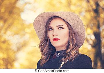 mulher, cinzento, outono, moda, ao ar livre, modelo, chapéu