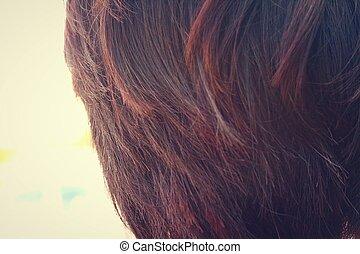 mulher, com, cabelo curto