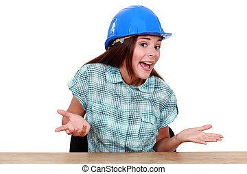 mulher, com, capacete, sentando