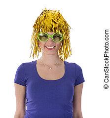 mulher, com, carnaval, peruca, e, óculos de sol
