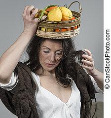 mulher, com, um, cesta fruta, ligado, dela, cabeça
