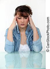 mulher, com, um, dor de cabeça