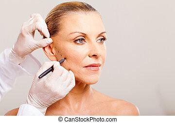 mulher, cosmético, rosto, sênior, desenho, cirurgião