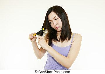 mulher, dela, cabelo escovando