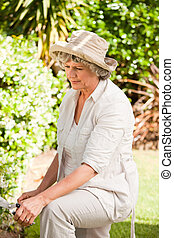 mulher, dela, pensativo, jardim