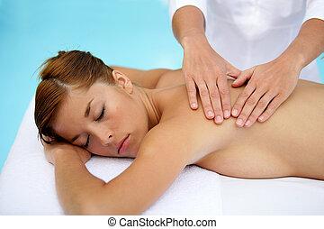 mulher, desfrutando, massagem