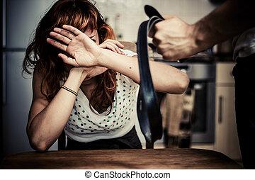 mulher, em, medo, de, violência doméstica
