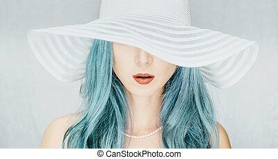 mulher, em, um, chapéu, com, largo, brim.