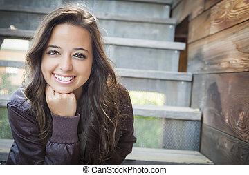 mulher, escadaria, jovem, raça, adulto, misturado, retrato