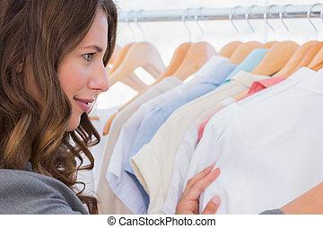 mulher, escolher, roupas