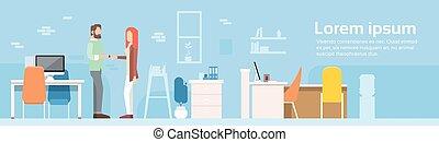 mulher, escritório, modernos, mão, coworking, abanar, bandeira, casual, homem