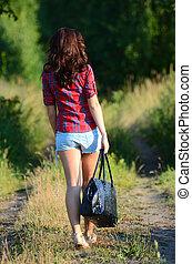 mulher, estrada, shorts