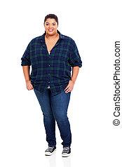 mulher, excesso de peso, jovem, comprimento, cheio, retrato