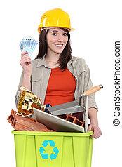 mulher, fazendo dinheiro, por, reciclagem