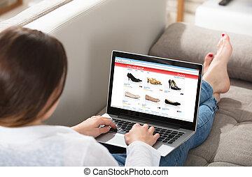 mulher, fazendo, shopping linha