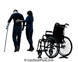 mulher, ferido, andar, muletas, homem, whee, afastado