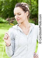 mulher, flor jardim