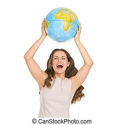 mulher, globo, cima, jovem, levantar, feliz
