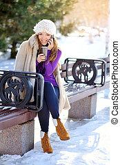 mulher, inverno, jovem, retrato, ao ar livre, bonito