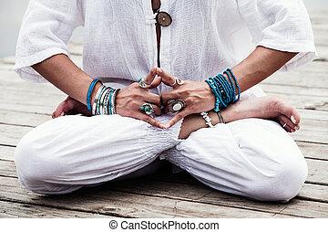 mulher, ioga, mudra, simbólico, gesto mão