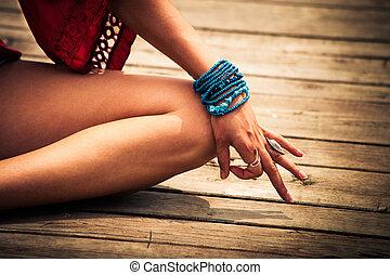 mulher, ioga, mudra, simbólico, mão, ao ar livre, gesto