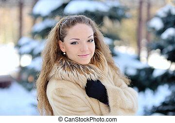 mulher, jovem, ao ar livre, atraente, wintertime