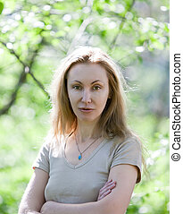 mulher jovem, bonito, parque