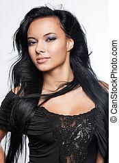mulher jovem, com, cabelo preto