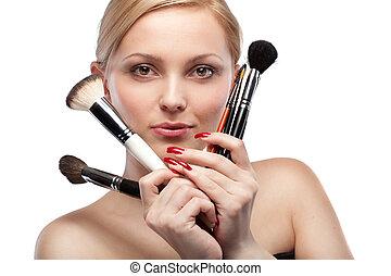 mulher jovem, com, compor, escovas, isolado, branco