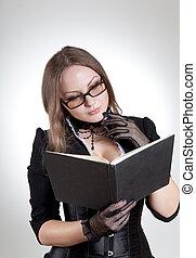 mulher jovem, com, livro