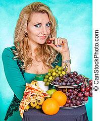 mulher jovem, com, um, grupo, alimento