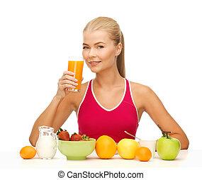 mulher jovem, comer, pequeno almoço saudável