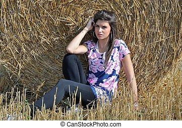 mulher jovem, em, campo