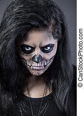 mulher jovem, em, dia morto, máscara, skull., dia das bruxas, rosto, arte