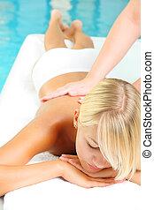 mulher jovem, em, spa